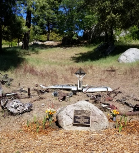 memorial to the 12